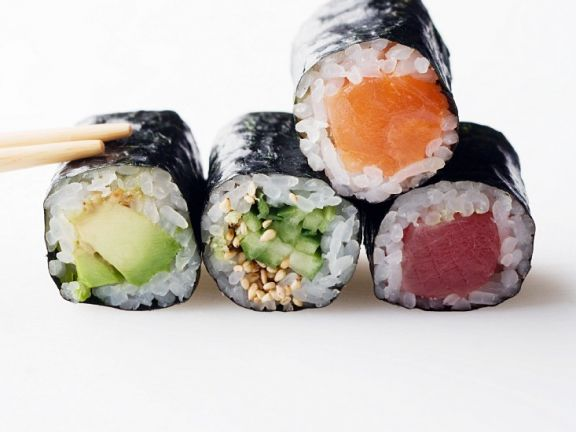 Verschiedeen Sushi-Röllchen