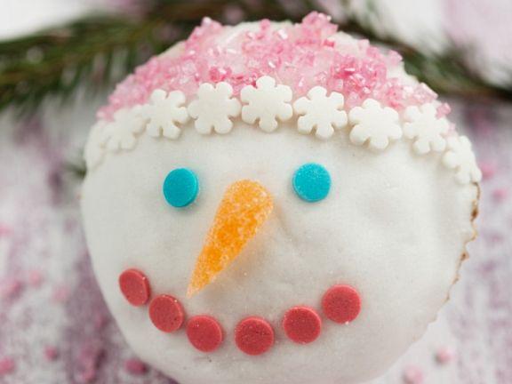 Verzierter Schneemann-Muffin