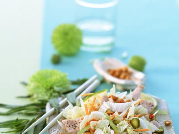 Vietnam-Salat mit Putenbrust