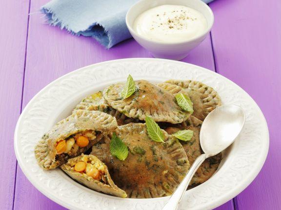 Vollkorn-Spinat-Nudeln mit Schafskäse-Kichererbsen-Füllung
