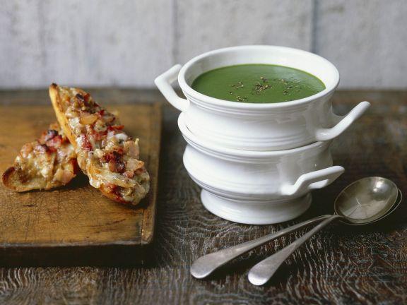 Wasserkresse-Spinat-Suppe mit Käsebrot
