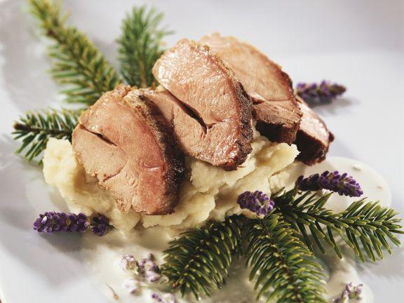 Weihnachtliche Fasanenbrust mit Pastinakenpüree