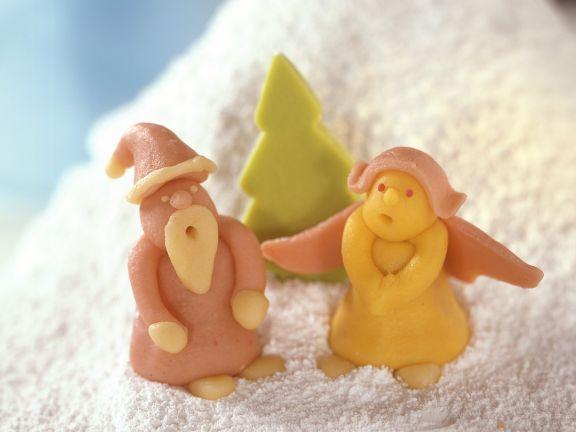 Weihnachtliche Marzipanfiguren