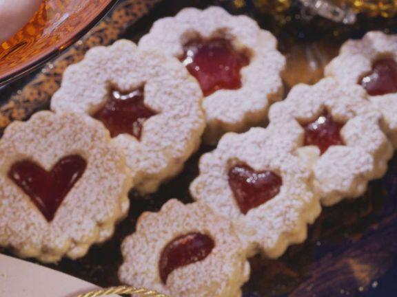 Omas Weihnachtsplätzchen.Weihnachtsplätzchen Mit Marmelade
