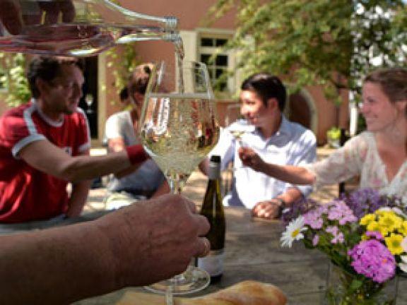 Weinschorle selber machen – ein Genuss © Deutsches Weininstitut