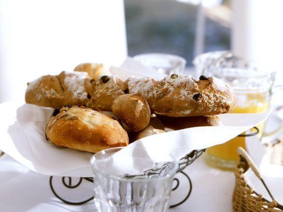 Weißbrot mit Oliven