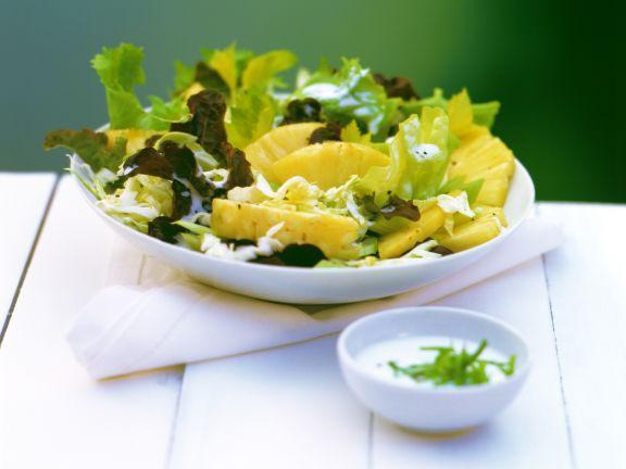 Weißkohlsalat mit Ananas