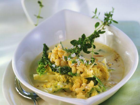 Weizensuppe mit Wirsing