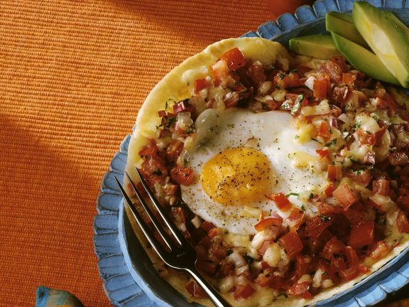 Weizentortilla mit Tomaten und Ei