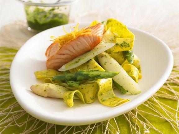 Wildlachs Auf Spargel Mit Nudeln Rezept Eat Smarter
