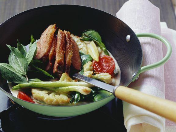 Wok-Ente mit Gemüsecurry