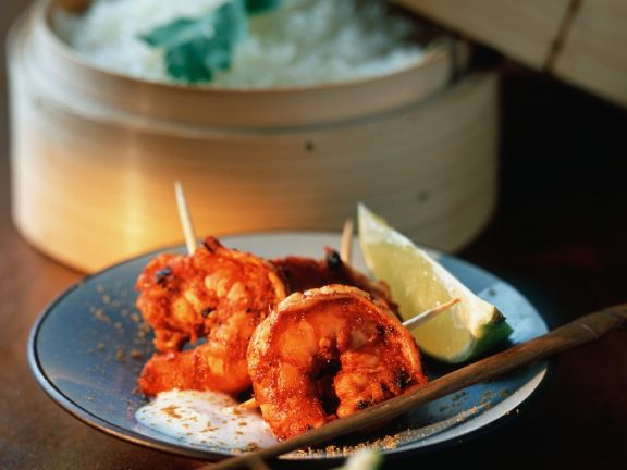 Würzig marinierte Garnelen mit Reis