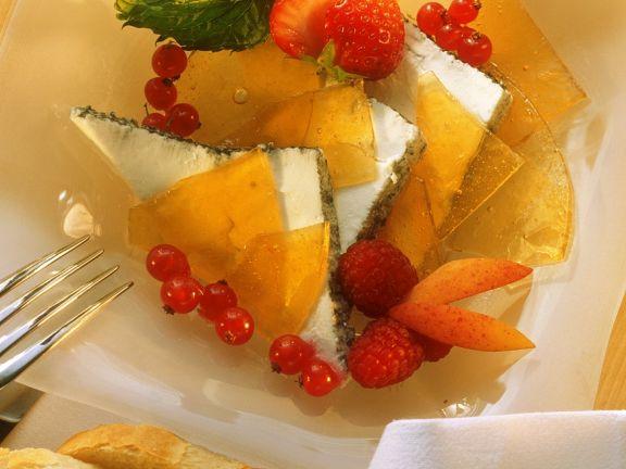 Ziegenfrischkäsedessert mit Früchten und Karamell