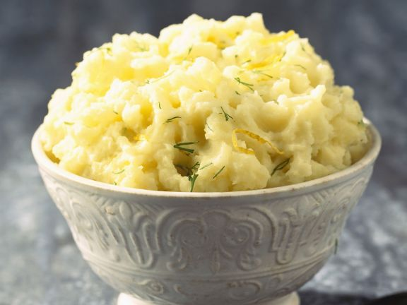 Zitronen-Kartoffelbrei mit Kräutern