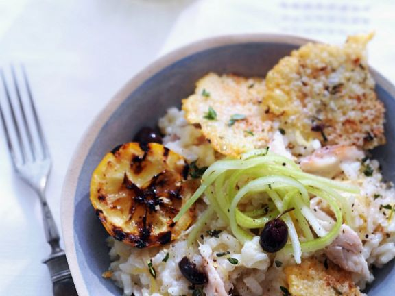 Zitronen-Makrelen-Risotto mit Parmesanchips