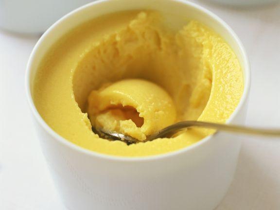 Zitronencreme nach englischer Art (Lemon Custard)