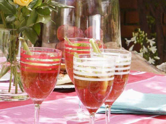 Zitronengras-Granatapfel-Drink