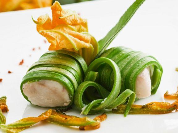 Zucchini-Fischröllchen