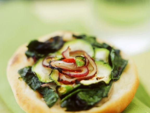 Zucchini-Pizzette mit Spinat
