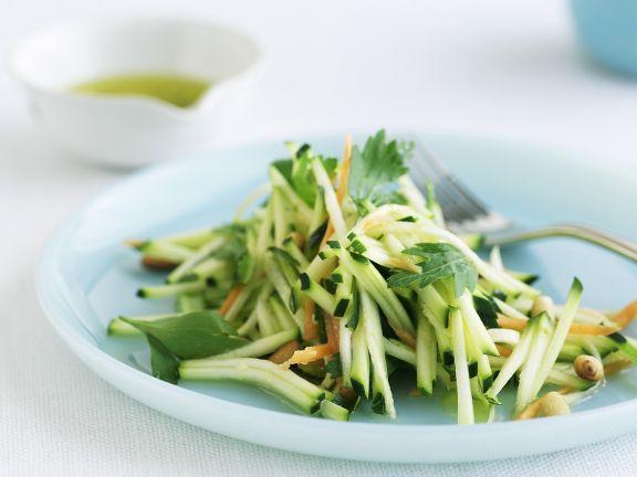 Zucchini-Rohkost-Salat