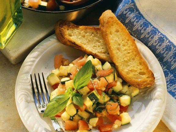 Zucchini-Tomatengemüse