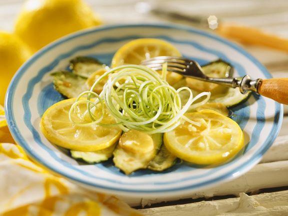 Zucchinigemüse mit Zitronen
