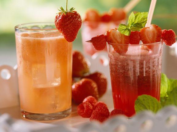 Zwei Frucht-Drinks