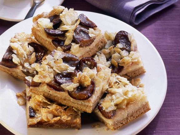Zwetschgen-Reis-Kuchen mit Mandeln