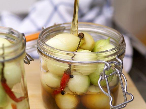 Zwiebeln süß-sauer Eingelegt