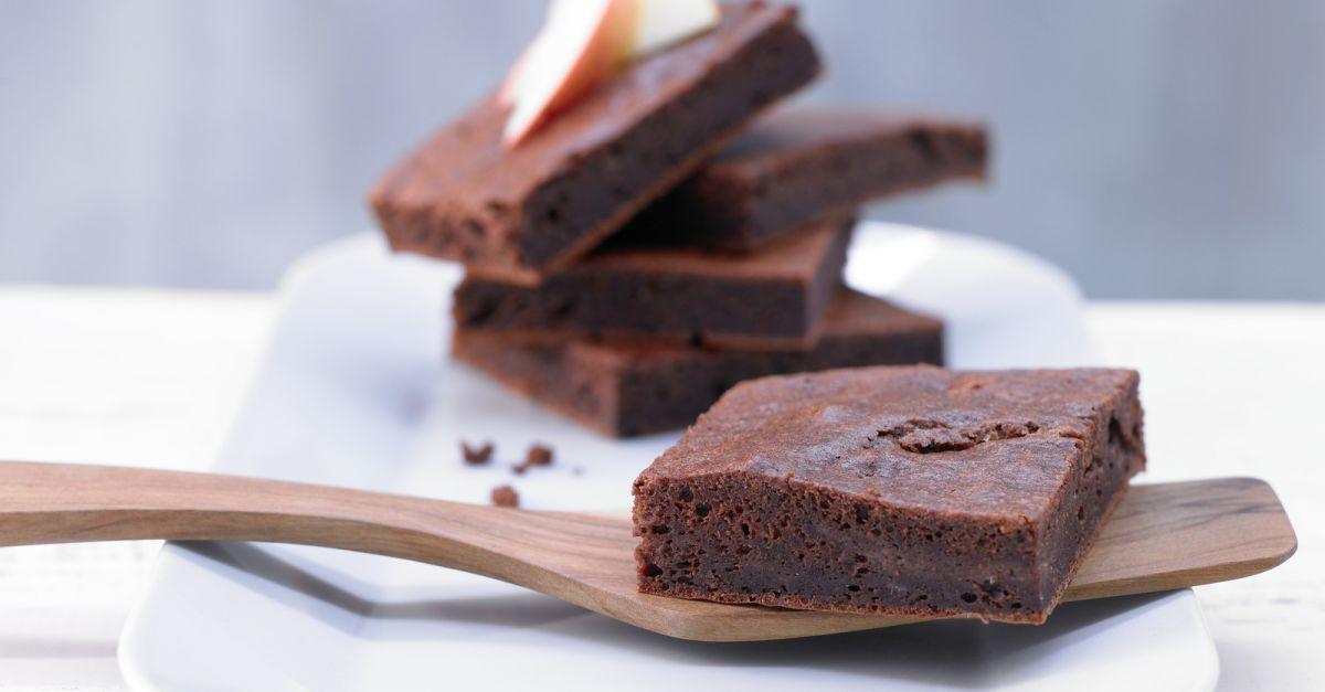 apfel brownies rezept eat smarter. Black Bedroom Furniture Sets. Home Design Ideas