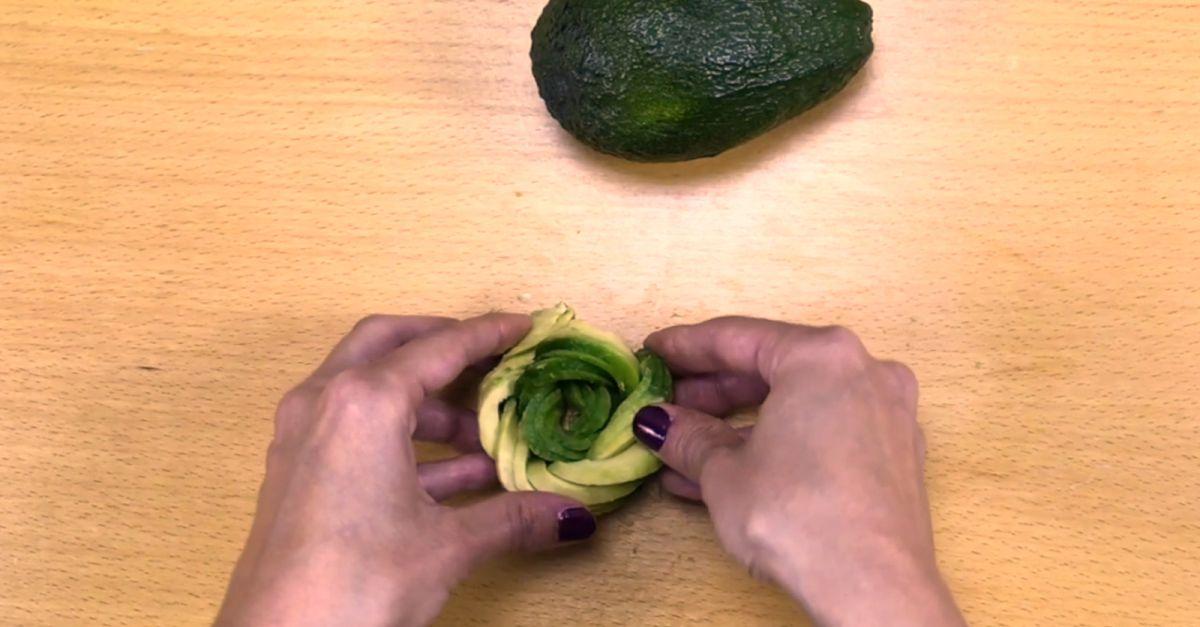 avocado rose selber machen eat smarter. Black Bedroom Furniture Sets. Home Design Ideas
