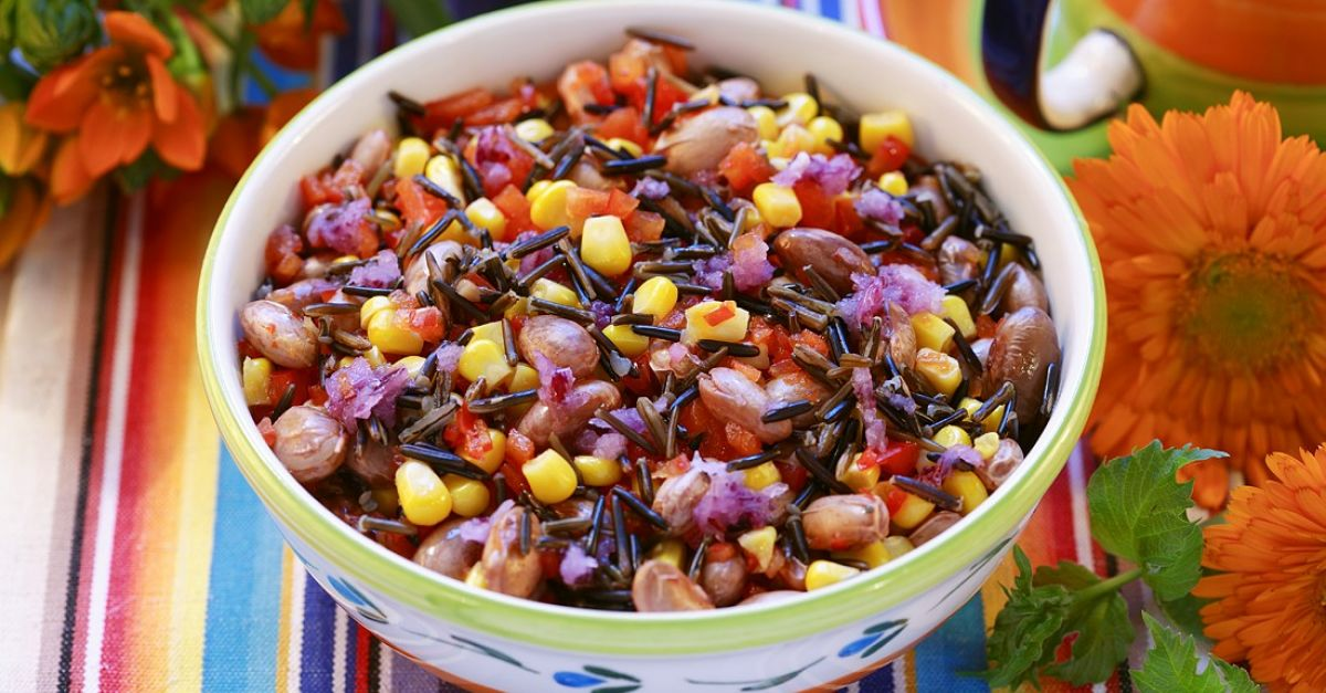 bohnen mais salat aus mexiko rezept eat smarter. Black Bedroom Furniture Sets. Home Design Ideas