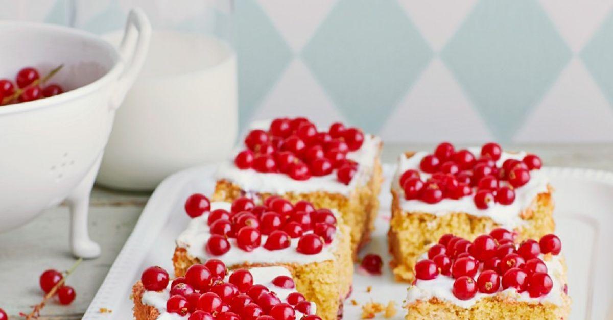 Buchweizenkuchen mit Johannisbeeren