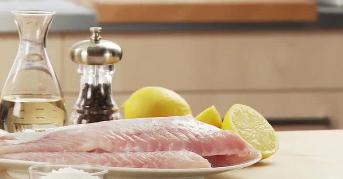 Fisch panieren und braten