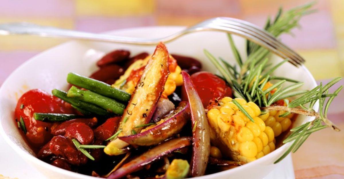 gebratenes gem se mit bohnen und auberginen rezept eat smarter. Black Bedroom Furniture Sets. Home Design Ideas