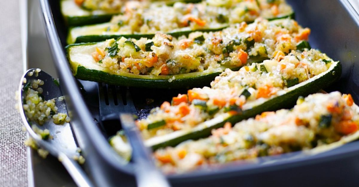 gef llte zucchini mit quinoa rezept eat smarter. Black Bedroom Furniture Sets. Home Design Ideas