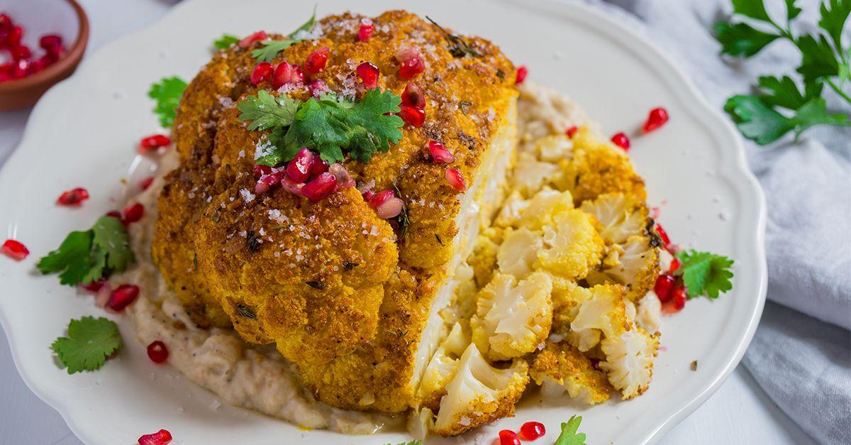 Weihnachtsessen Vegetarisch Festlich.Zubereitungsvideo Von Gewürz Blumenkohl Braten