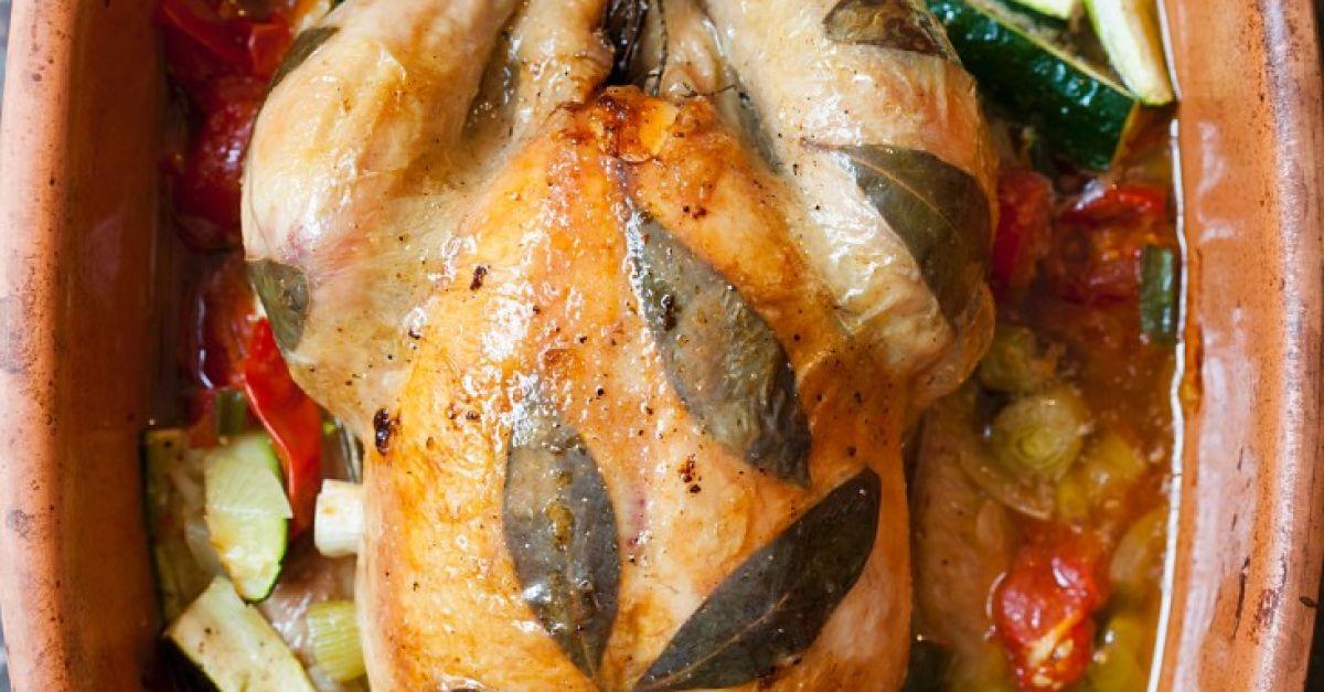 Hähnchen Mit Lorbeer Und Gemüse Im Römertopf Rezept Eat Smarter