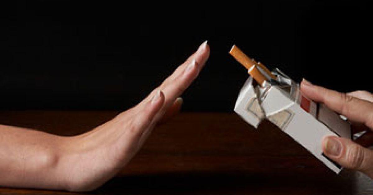 Raucher verlieren schneller ihre Zähne | EAT SMARTER