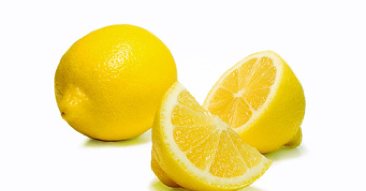 Zitronendiät mit warmem Wasser