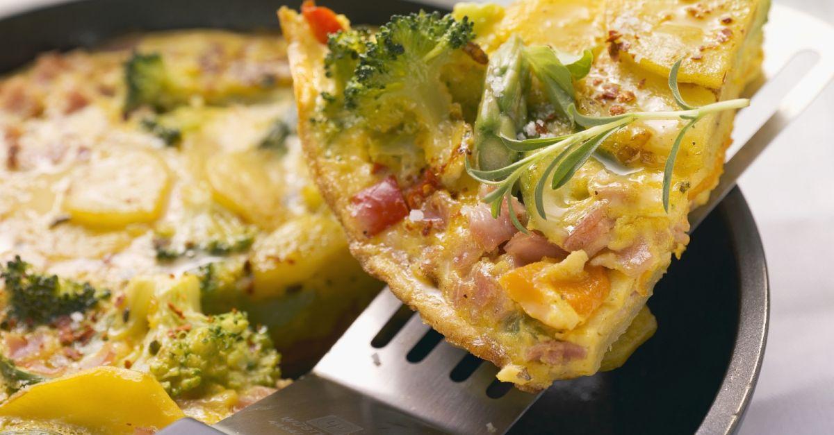 kartoffel omelett mit gem se rezept eat smarter. Black Bedroom Furniture Sets. Home Design Ideas