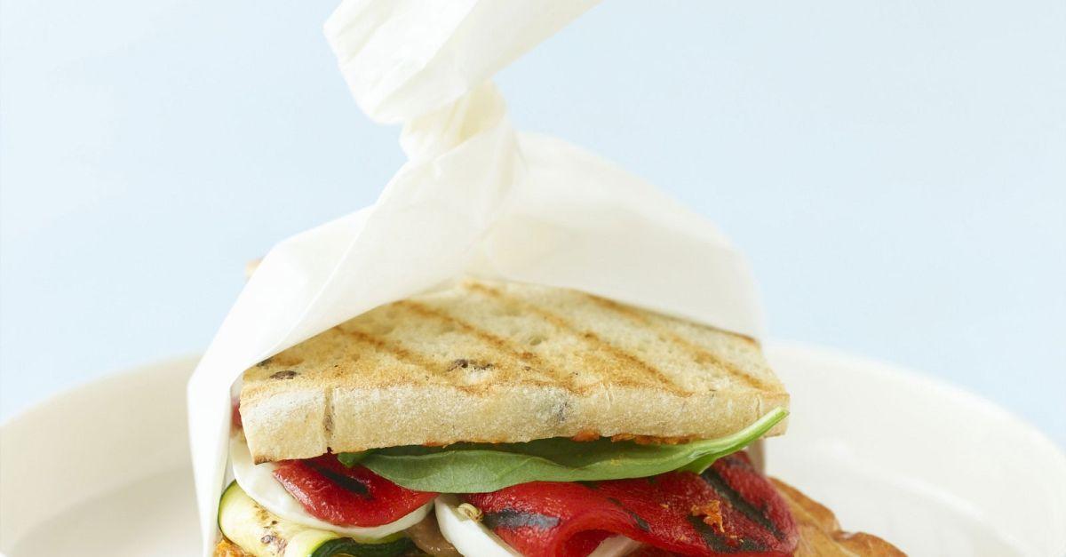 mediterranes sandwich rezept eat smarter. Black Bedroom Furniture Sets. Home Design Ideas