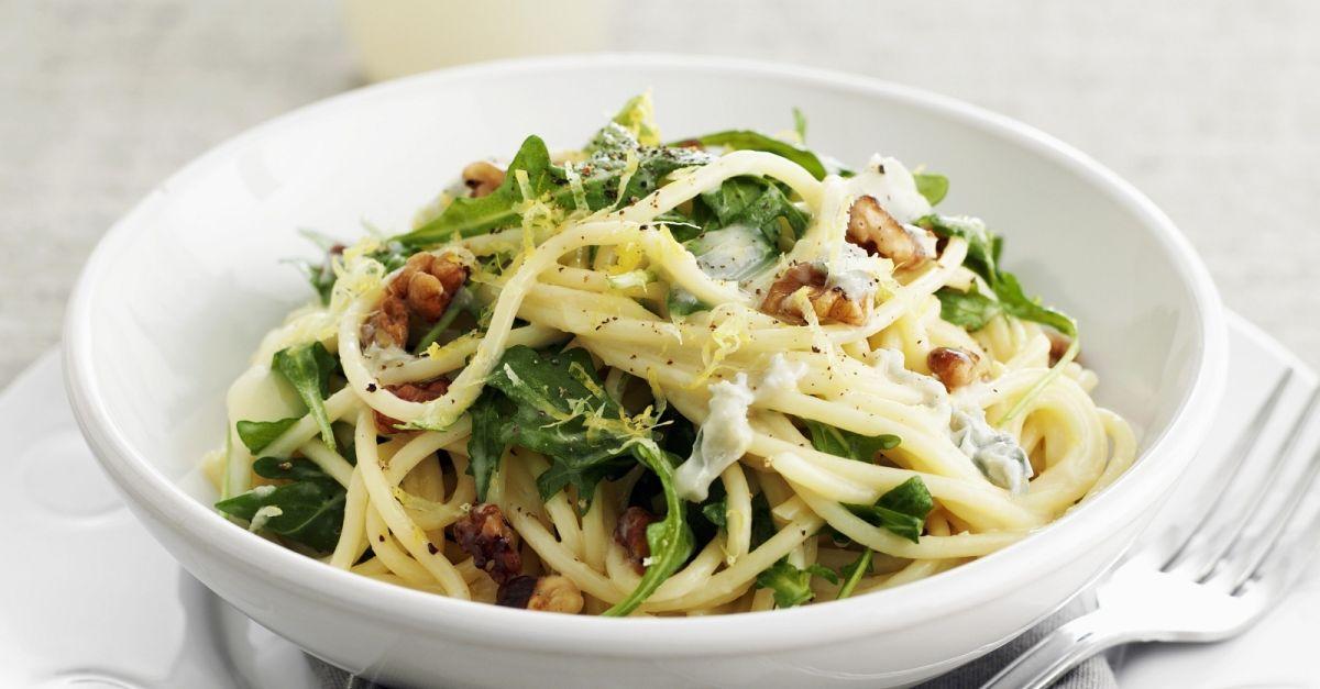 pasta mit rucola waln ssen und zitrone rezept eat smarter. Black Bedroom Furniture Sets. Home Design Ideas