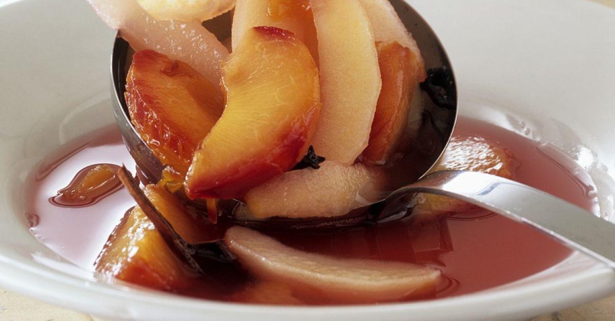 pflaumenkompott mit apfel und birne rezept  eat smarter
