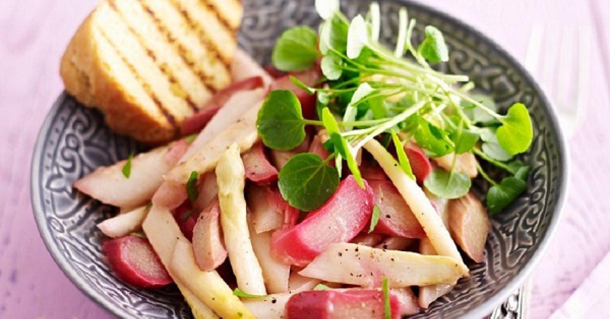 Rhabarber-Salat-Rezepte   EAT SMARTER