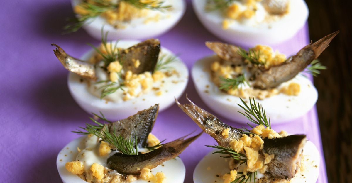 Russische eier mit sprotten rezept eat smarter - Eier kochen mittel ...