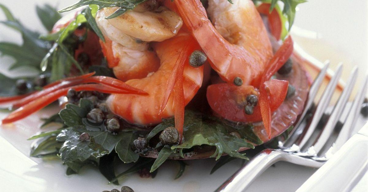 salat mit garnelen rezept eat smarter. Black Bedroom Furniture Sets. Home Design Ideas