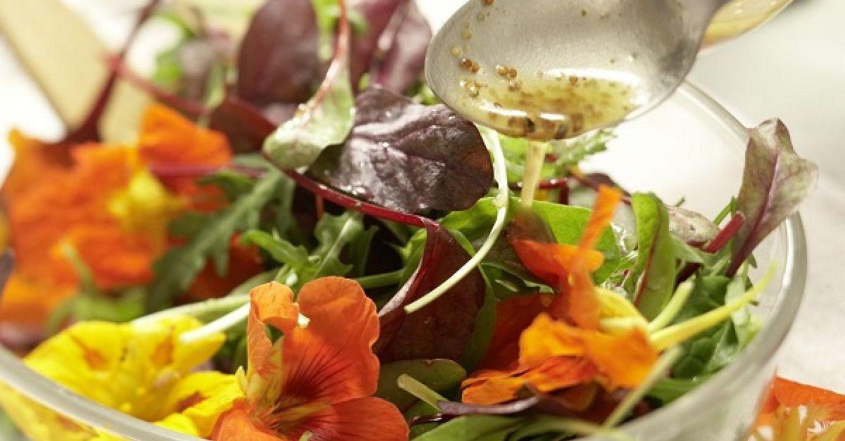 salatdressing rezepte zum abnehmen beliebte eezepte f r n tzliche salate. Black Bedroom Furniture Sets. Home Design Ideas