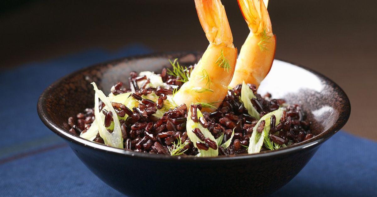schwarzer reis mit shrimps rezept eat smarter. Black Bedroom Furniture Sets. Home Design Ideas