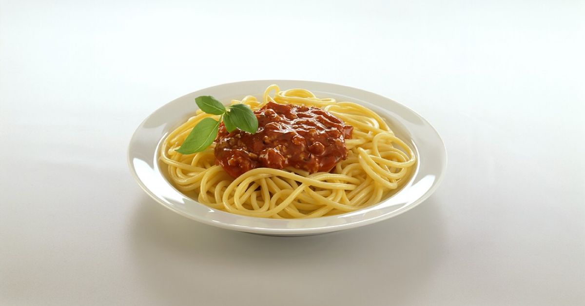 spaghetti bolognese originalrezept rezept eat smarter. Black Bedroom Furniture Sets. Home Design Ideas